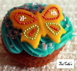 cupcake papillon (2) dans Cupcakes avec décoration à la mascarpone 015-b2-300x276