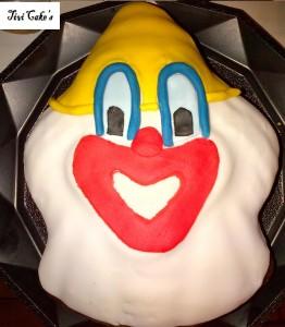gâteau clown dans Gâteaux avec décorations en pâte à sucre gateau-12-262x300