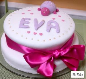 gâteau fillette dans Gâteaux avec décorations en pâte à sucre gateau-14-300x278